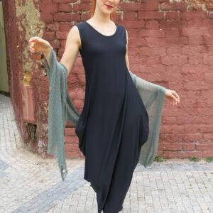 TAMY - jednobarevné šaty s kapsami