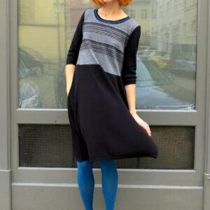 NICOL - šaty s kapsami
