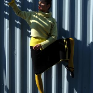 LONA sukně s asymetrickým cípem a proužky